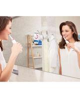 Oral-B Genius 8000 Electric Toothbrush incl. 3 Brush Head Refills & Travel Case